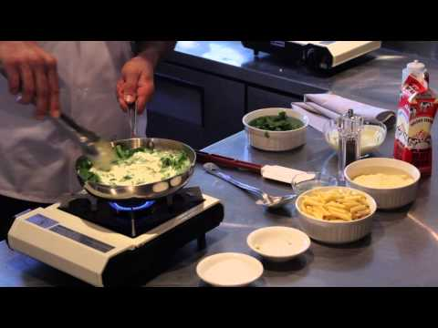 Spinach & Gorgonzola Cheese Penne : Italian with a Twist