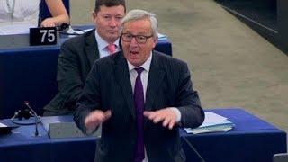 Leerer Saal: Juncker nennt Europaparlament