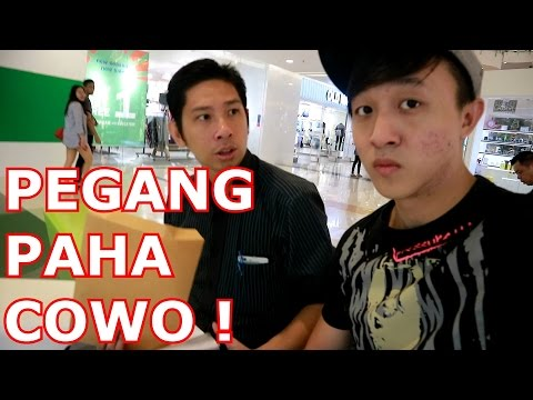 NYENTUH PAHA COWO PRANK ! - Prank Indonesia - Brandon Kent