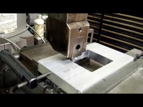 Machining project - SQUARE INSIDE CORNERS - Bridgeport Shaper attachement