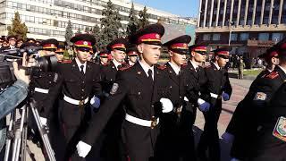 «Слава Україні!»: Десятки военных в центре Запорожье торжественно принимают присягу!