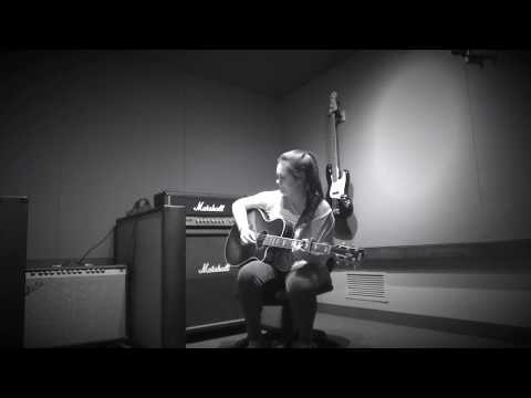 Merry Go Round - Jacklyn Wills (The Late Night Sessions, Acoustic Cover)