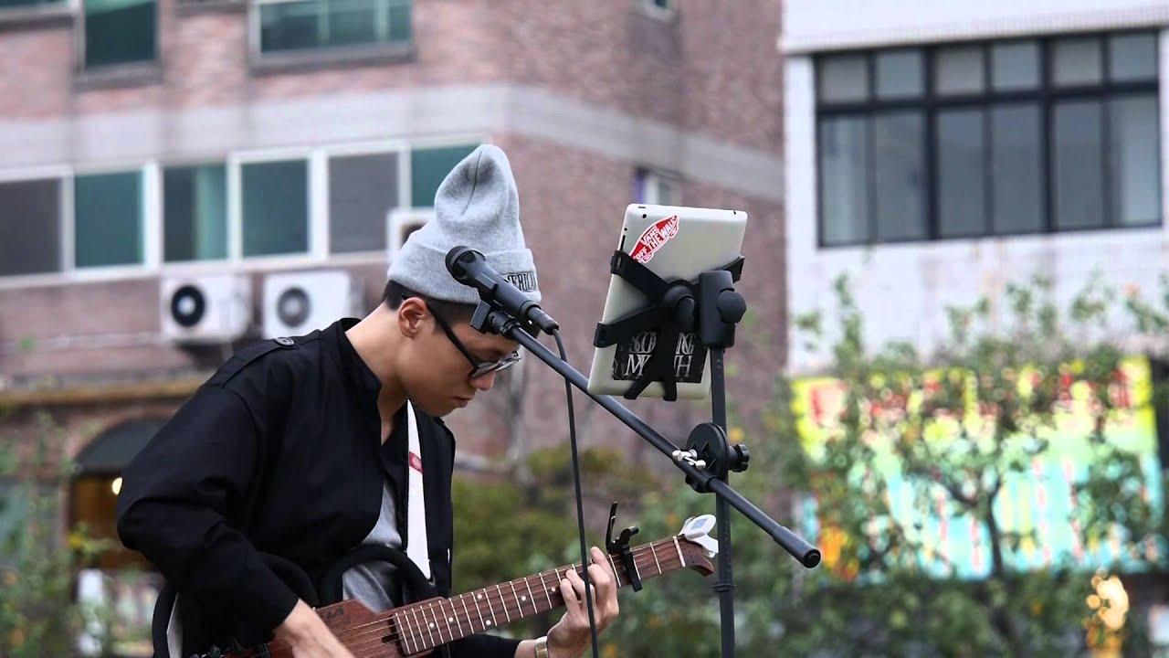 20141108 練懿樂 - 想你的夜(關喆) 吉他彈唱 - YouTube