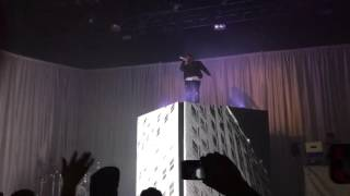 Andy Mineo - Uncomfortable Uncomfortable Tour 2015 San Antonio, TX
