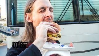Soilwork Prepares Their Special Veggie Burgers - COOKING AT 65MPH Ep. 13