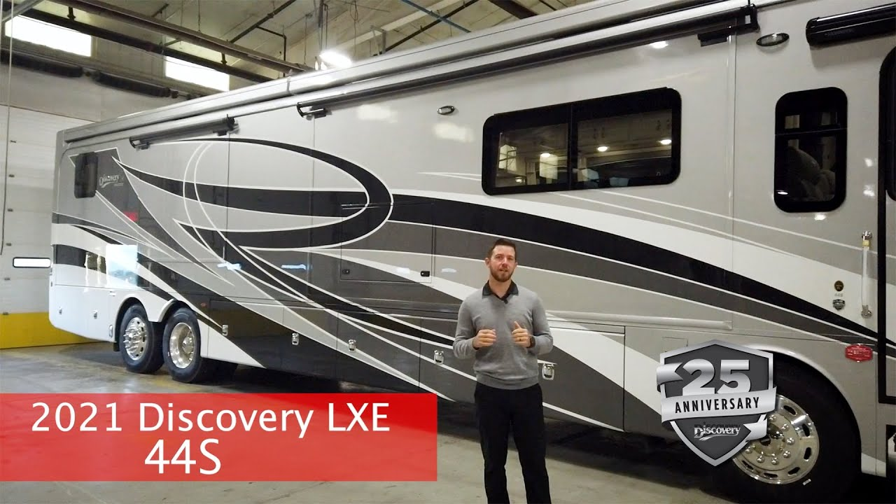 Download WOW! 2021 Discovery LXE 44S - Fleetwood RV Official walk through!