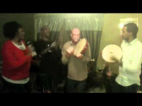 A Puerto Rican Christmas Song - YouTube