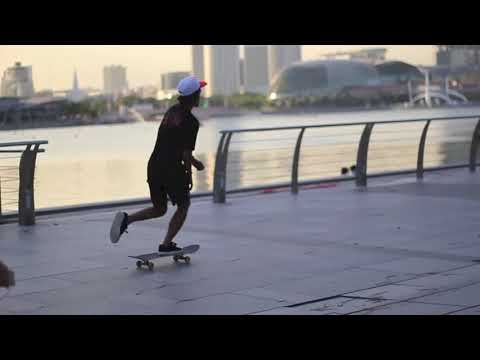 UNKL347 archive, Singapore sidewalk surf#2