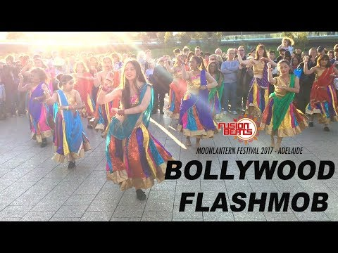 Fusion Beats Dance | Awesome Bollywood Dance Flashmob | Moonlantern Festival - Oz Asia 2017