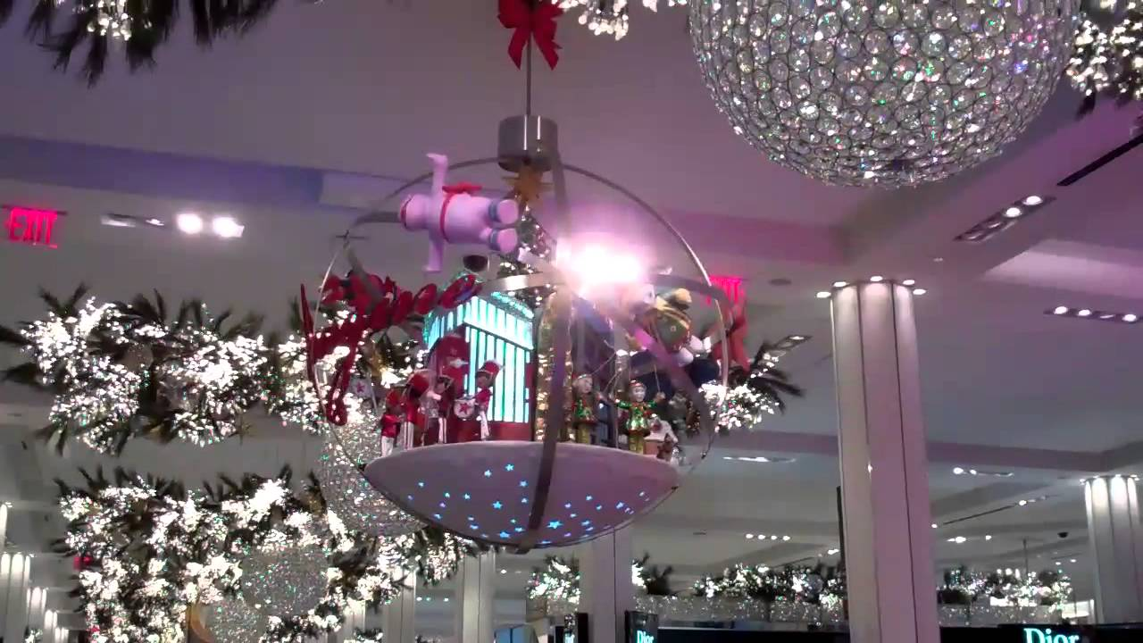 macys nyc christmas decorations inside youtube - New York Christmas Decorations