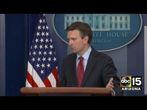 Josh Earnest: 3X! What's the difference between a ransom & leverage? $400 million payment to Iran