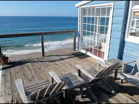 Crystal Cove Cottage #33, Historic romantic rental in Laguna Beach CA.
