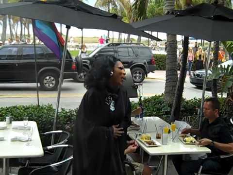 Drag Brunch Honeyz In Miami 2012
