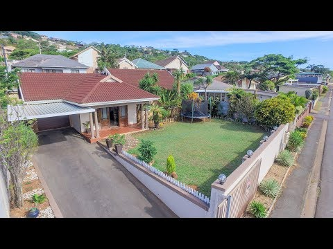 4 Bedroom House For Sale in Bluff, Kwa-Zulu Natal