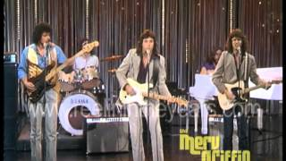 Скачать Vince Gill Pure Prairie League Still Right Here In My Heart Merv Griffin Show 1981