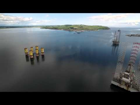 CROMARTY OIL RIGS