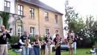 Straatorkest Toos - Kanonensong Weill/Brecht (2007)
