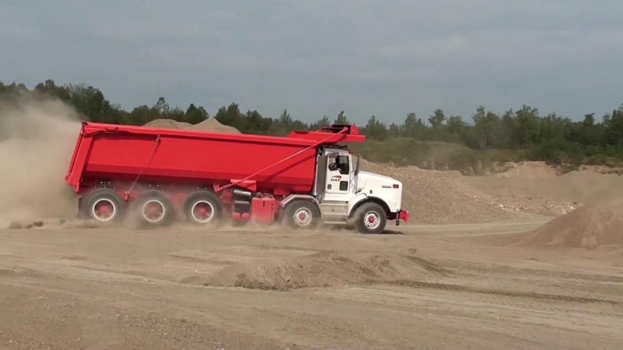 dramis d55t kenworth t800 chassis mining truck short version [ 1280 x 720 Pixel ]