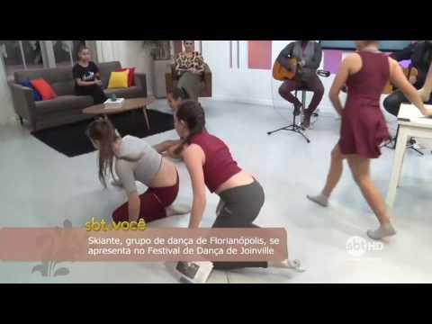Grupo de Dança Skiante se apresenta no palco principal do Festival de Dança de Joinville