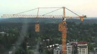 Кран строит сам себя(, 2011-01-05T05:00:16.000Z)
