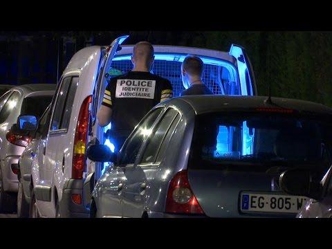 Fourgon percuté sur les Champs-Elysées: qui était l'assaillant?