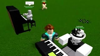 Crazy Good Piano Guy on Roblox Plays Megalovania and More!