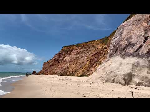 Praia do Carro Quebrado Litoral norte de Alagoas ao lado das grandes falésias