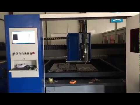 JQ3015 fiber laser machine cutting 8mm carbon steel