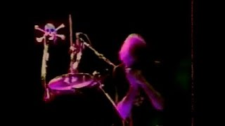 Neil Young & Crazy Horse - Modern World