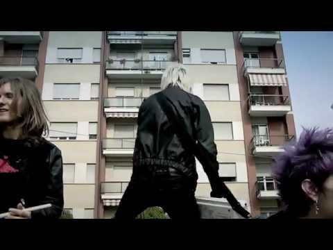 Download dARI - Casa Casa Mia (Official Video) Free at Fullsongs.net.flv