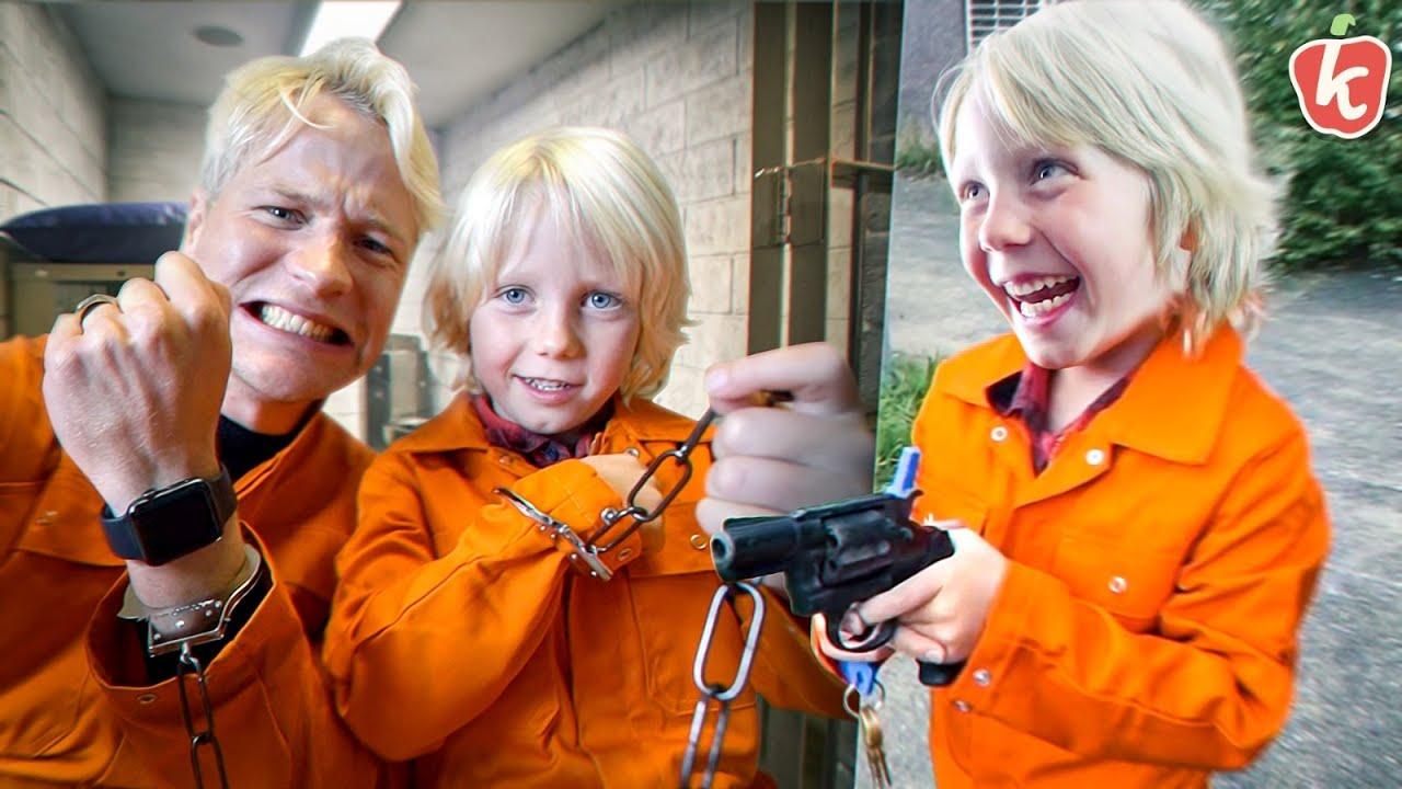 """Download """"ONTSNAPPEN"""" UIT GEVANGENIS MET EEN 6-JARIGE   Kalvijn & Kiddo's #1   Kalvijn"""