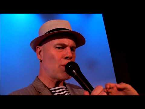 SHE BLINDED ME WITH A CAPELLA SCIENCE (Live With Thomas Dolby)
