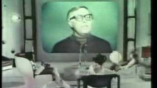 Ray Bradbury Prunes Commercial
