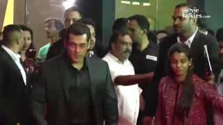 Salman Khan & Aishwarya Rai At Same Venue Stardust Awards 2017 Red Carpet