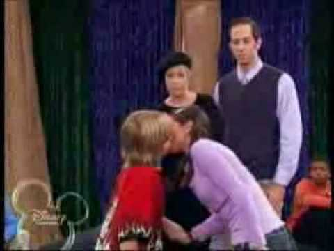 selena gomez  first kiss with dylan sprouse  PLS COMMENT!!
