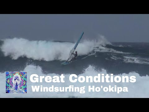 Great Windsurfing Conditions at Ho'okipa Beach