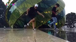 shuffle dance của các chàng trai trẻ