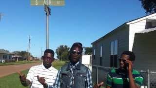 vuclip LiL Douzie Close Casket Feat Lil Glen J Tiz & Swagg Beezy Official Music Video