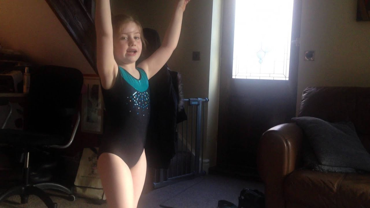 Ruby-Lu Handstand And Splits