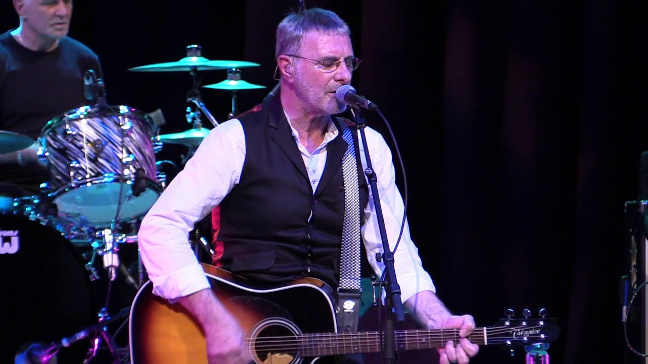 "Steve Harley, ""Ordinary People"" - live"