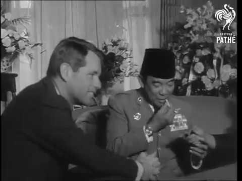 Robert Kennedy Bertemu President Sukarno 1964