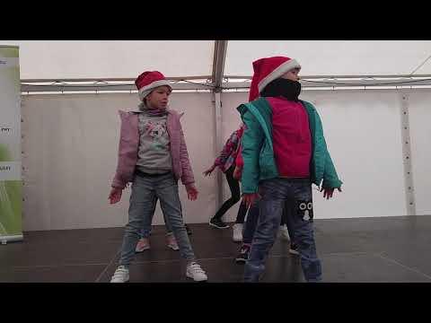 Streetdance karácsonyi show 18ker