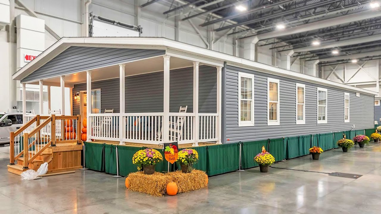Incredibly Stunning Advantage 3268 241 Manufactured Home