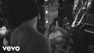 Baixar Bruninho & Davi - A Mesma Lua (Lyric Video)