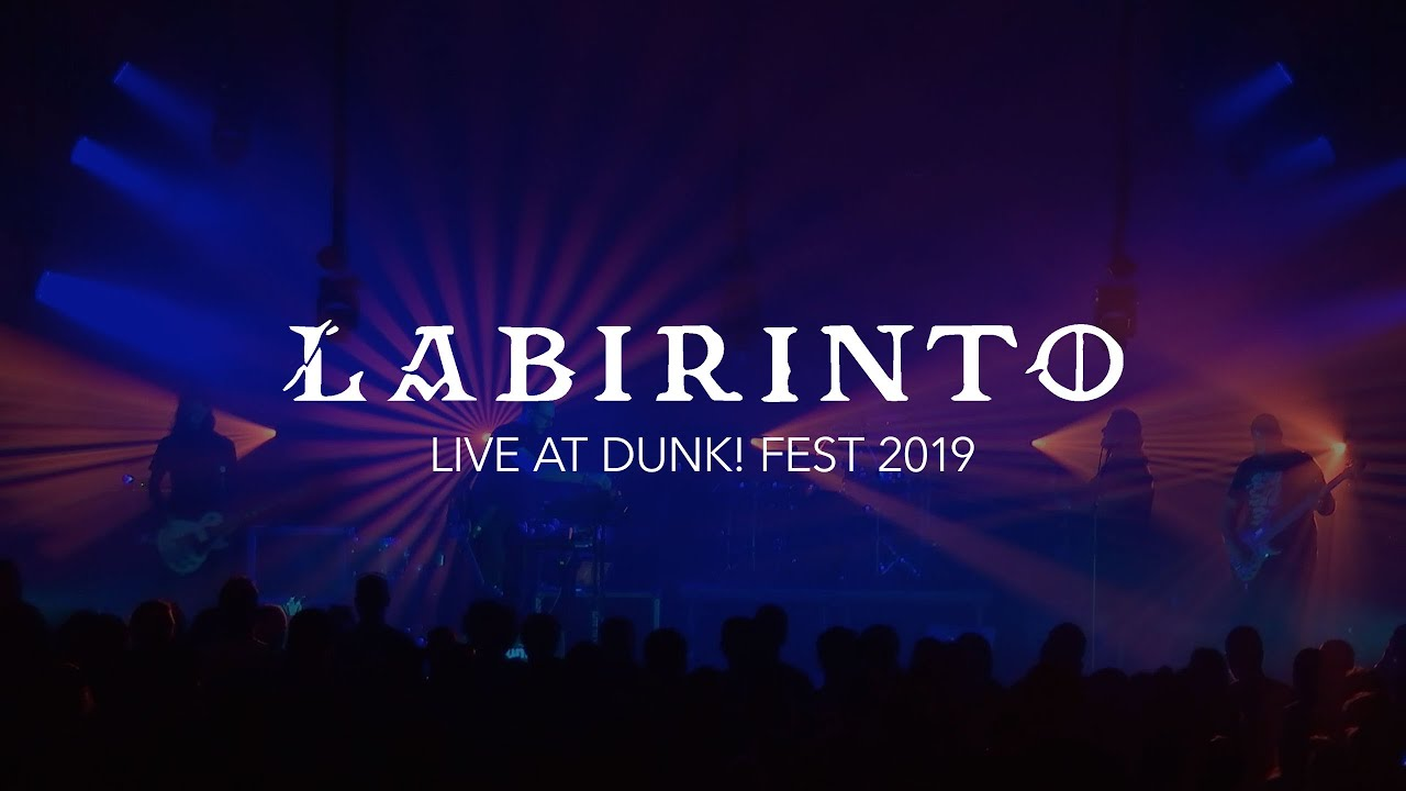 Labirinto, vídeo de Live at Dunk!Fest disponível