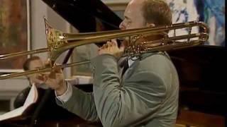 Uma apresentação do grande trombonista Christian Lindberg e o piani...