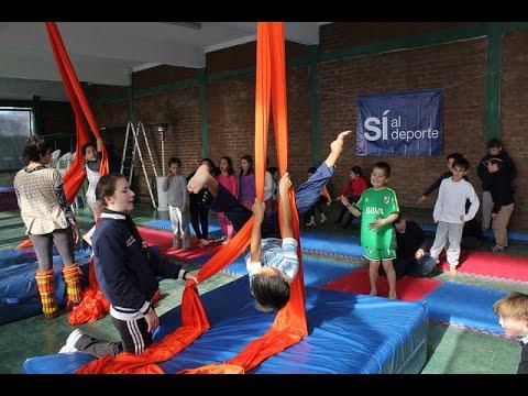 Circo y telas, la nueva atracción de los Campos Municipales de Deportes de San Isidro