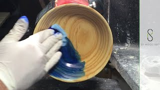 Making a Wood Bowl Double Dyed with a Touch of Silver