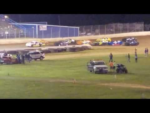 Florence speedway hornet feature 5-13-17 p1 of3