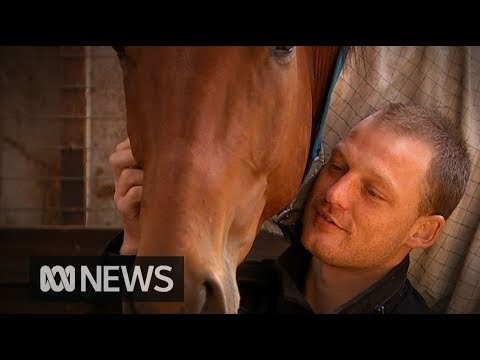 The Australian jockey who beat ice addiction that threatened his career and even his life | ABC News